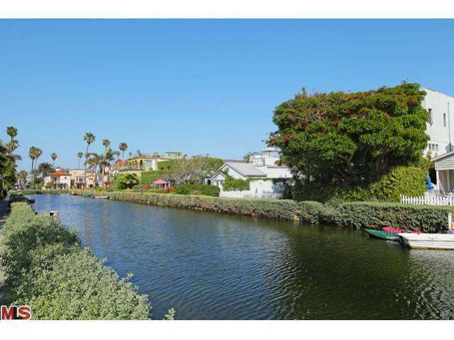 Rental Homes for Rent, ListingId:24895217, location: 428 CARROLL CANAL Court Venice 90291