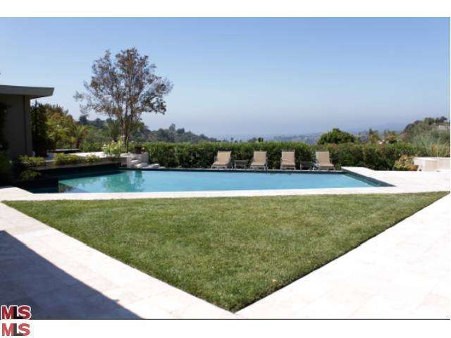 Rental Homes for Rent, ListingId:24937525, location: 9022 ALTO CEDRO Drive Beverly Hills 90210