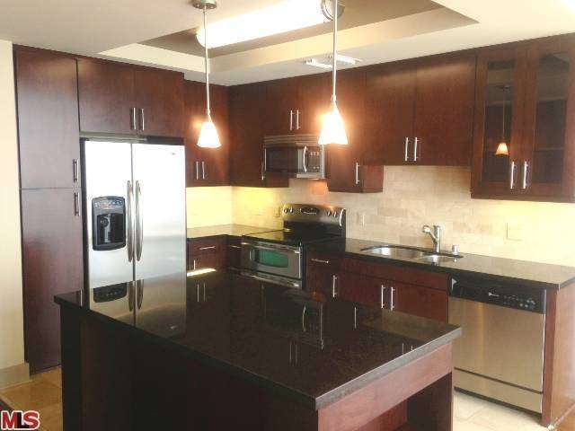 Rental Homes for Rent, ListingId:25273309, location: 717 OLYMPIC Boulevard Los Angeles 90015