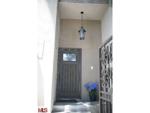 Rental Homes for Rent, ListingId:25315801, location: 21901 LASSEN Street Chatsworth 91311