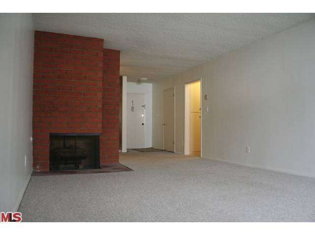 Rental Homes for Rent, ListingId:25425064, location: 10961 ROSE Avenue Los Angeles 90034