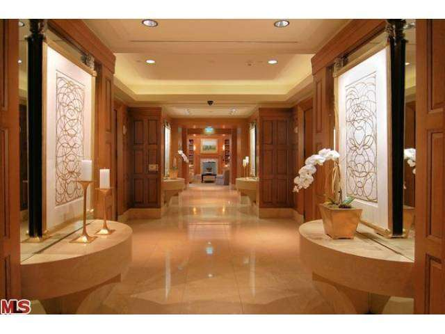 Rental Homes for Rent, ListingId:25584295, location: 10727 WILSHIRE Los Angeles 90024