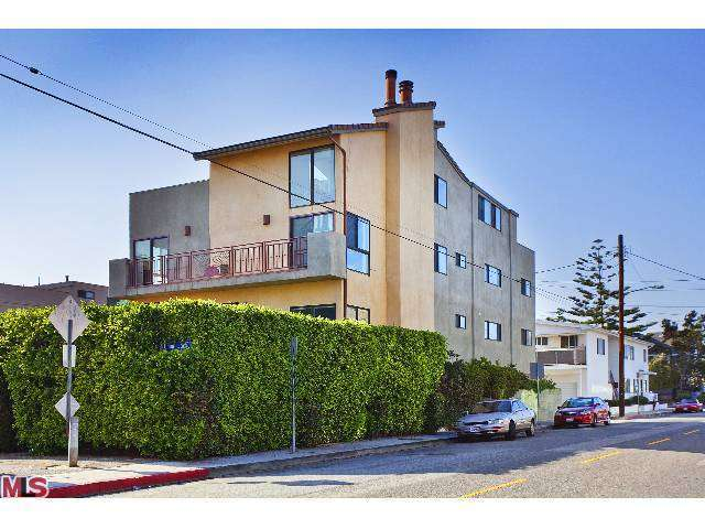 Rental Homes for Rent, ListingId:25616414, location: 27 UNION JACK Street Marina del Rey 90292