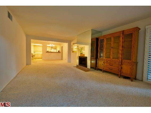 Rental Homes for Rent, ListingId:25696542, location: 15233 MAGNOLIA Sherman Oaks 91403