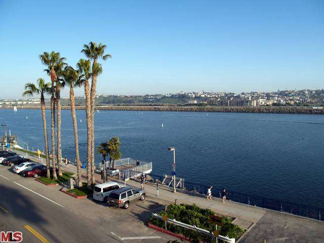 Rental Homes for Rent, ListingId:25915451, location: 5515 PACIFIC Avenue Marina del Rey 90292