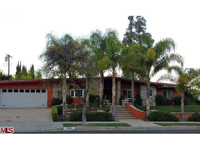 Rental Homes for Rent, ListingId:25904314, location: 24301 AETNA Street Woodland Hills 91367