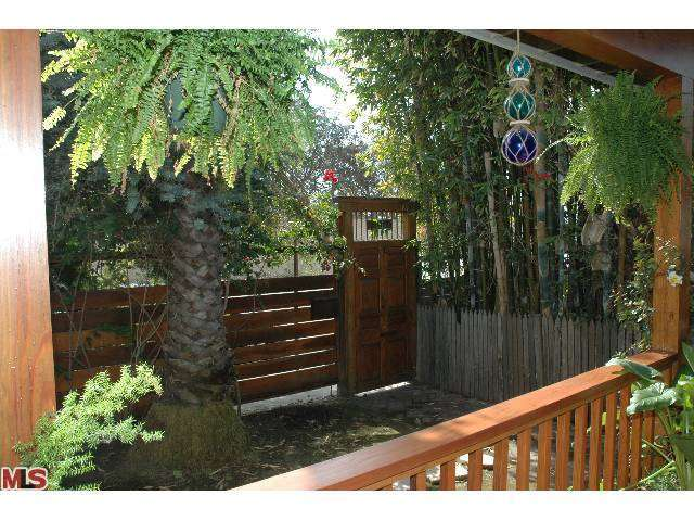 Rental Homes for Rent, ListingId:25919021, location: 1686 ELECTRIC Avenue Venice 90291