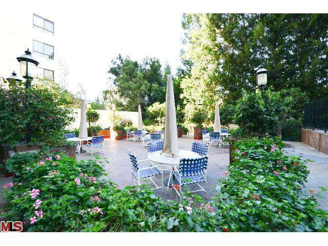 Rental Homes for Rent, ListingId:25956450, location: 10535 WILSHIRE Los Angeles 90024