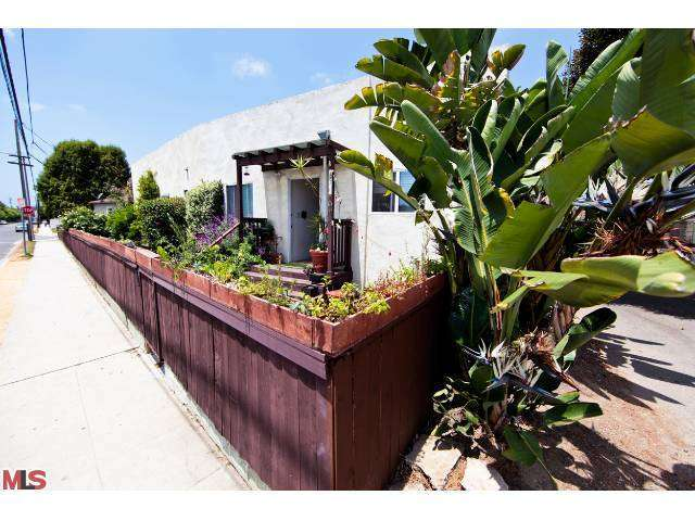 Rental Homes for Rent, ListingId:26029107, location: 13355 ZANJA Street Venice 90291