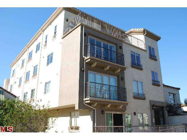 Rental Homes for Rent, ListingId:26043010, location: 1537 HOLT Avenue Los Angeles 90035