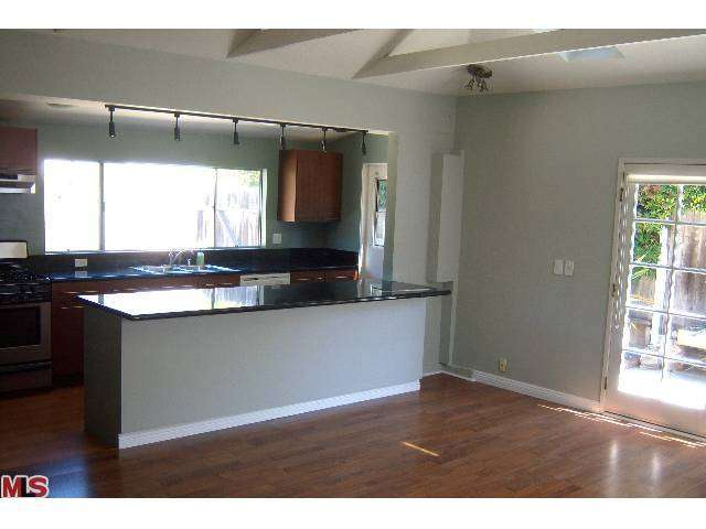 Rental Homes for Rent, ListingId:26080297, location: 2909 OCEAN Avenue Venice 90291