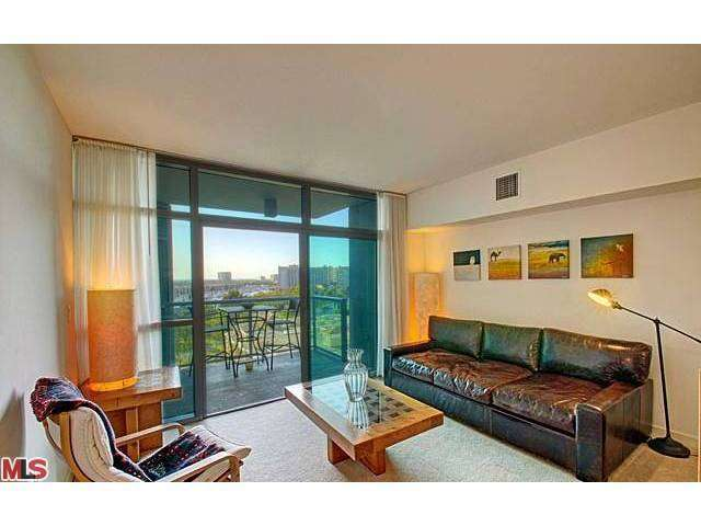 Rental Homes for Rent, ListingId:26106280, location: 13700 MARINA POINTE Drive Marina del Rey 90292