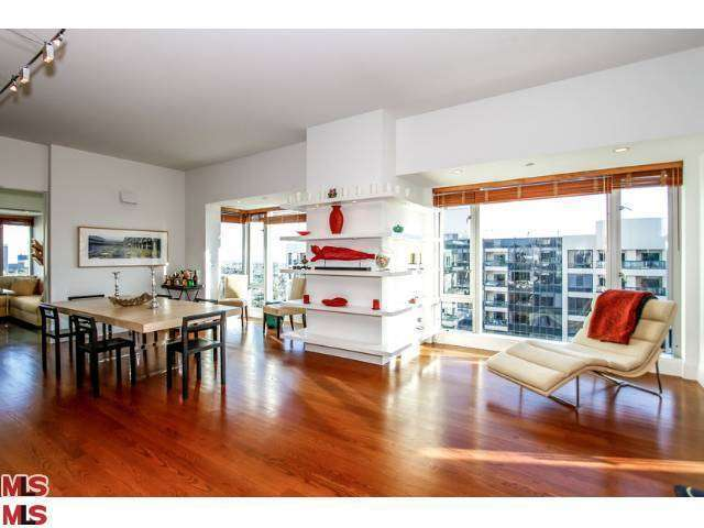 Rental Homes for Rent, ListingId:26106239, location: 10727 WILSHIRE Los Angeles 90024