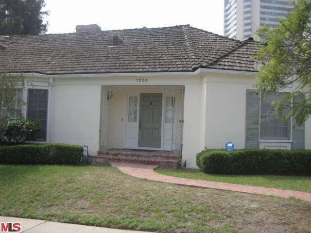 Rental Homes for Rent, ListingId:26198441, location: 1239 HOLMBY Avenue Los Angeles 90024
