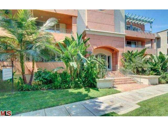 Rental Homes for Rent, ListingId:26145090, location: 4637 WILLIS Avenue Sherman Oaks 91403