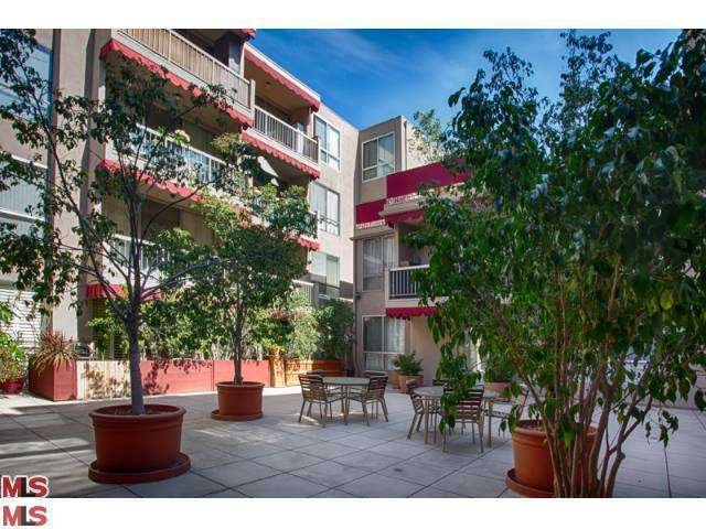 Rental Homes for Rent, ListingId:26181581, location: 1745 CAMINO PALMERO Street Los Angeles 90046