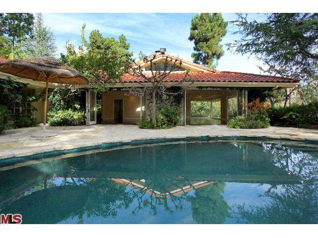 Rental Homes for Rent, ListingId:26153347, location: 1681 STONE CANYON Road Los Angeles 90077