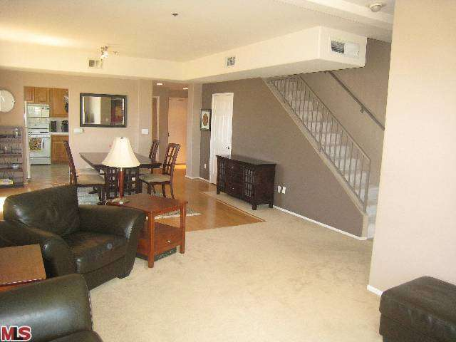 Rental Homes for Rent, ListingId:26171368, location: 10790 ROSE Avenue Los Angeles 90034