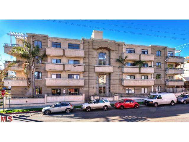 Rental Homes for Rent, ListingId:26171379, location: 871 GRANVILLE Avenue Los Angeles 90049