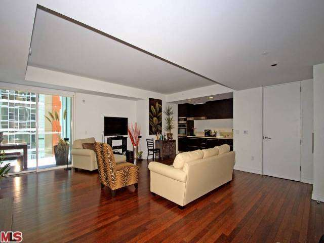 Rental Homes for Rent, ListingId:26178584, location: 6250 HOLLYWOOD Los Angeles 90028