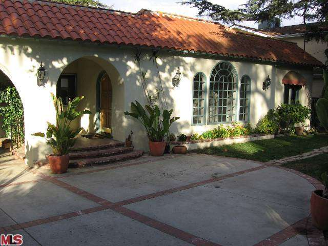 Rental Homes for Rent, ListingId:26181553, location: 15051 SUTTON Street Sherman Oaks 91403