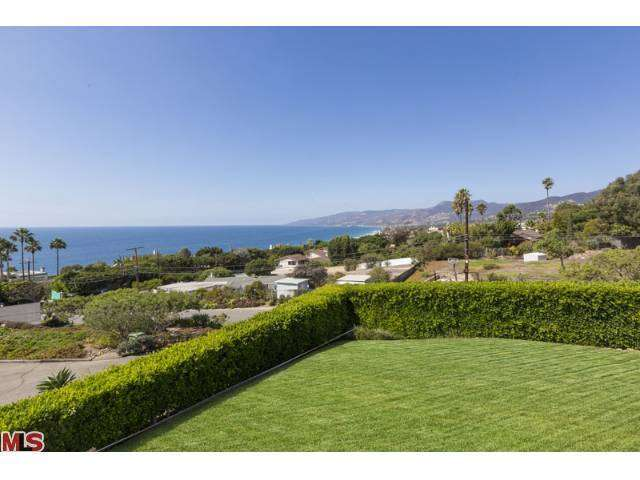 Rental Homes for Rent, ListingId:26321346, location: 29458 BLUEWATER Road Malibu 90265