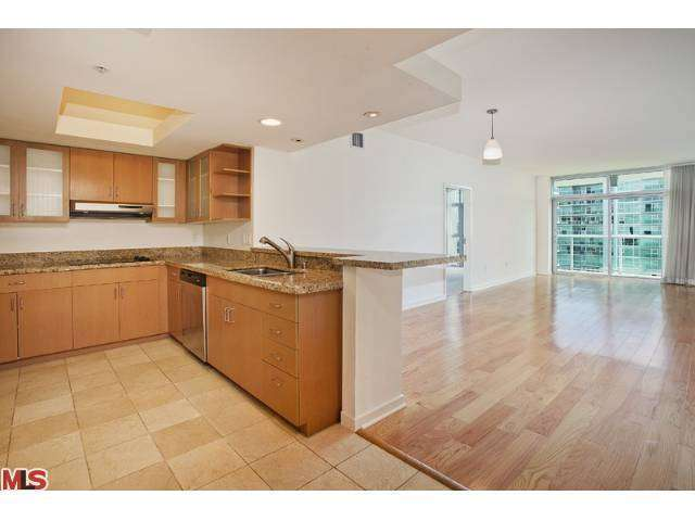 Rental Homes for Rent, ListingId:26467351, location: 13700 MARINA POINTE Drive Marina del Rey 90292