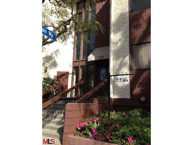 Rental Homes for Rent, ListingId:26523730, location: 530 BARRINGTON Avenue Los Angeles 90049