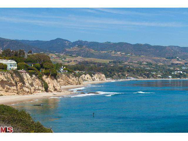 Real Estate for Sale, ListingId: 26552216, Malibu, CA  90265
