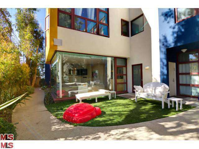 Rental Homes for Rent, ListingId:26573358, location: 812 17TH Street Santa Monica 90403
