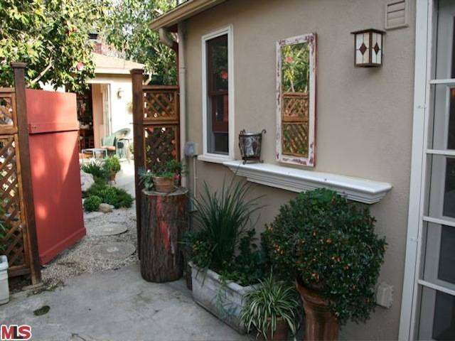 Rental Homes for Rent, ListingId:26596256, location: 2743 SELBY Avenue Los Angeles 90064