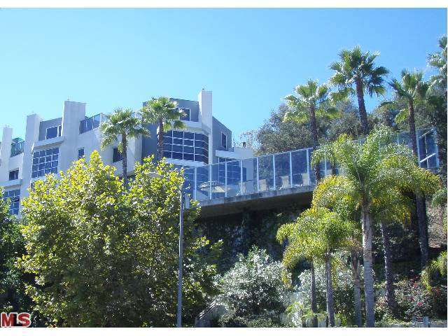 Rental Homes for Rent, ListingId:26657390, location: 171 CHURCH Lane Los Angeles 90049