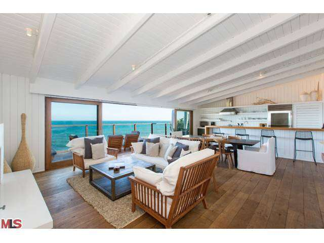 Rental Homes for Rent, ListingId:26673095, location: 24222 MALIBU Road Malibu 90265