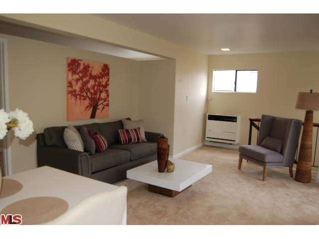 Rental Homes for Rent, ListingId:26739215, location: 1826 SILVER LAKE BLVD B Los Angeles 90026