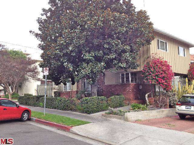Rental Homes for Rent, ListingId:26751820, location: 1922 TAMARIND Avenue Los Angeles 90068