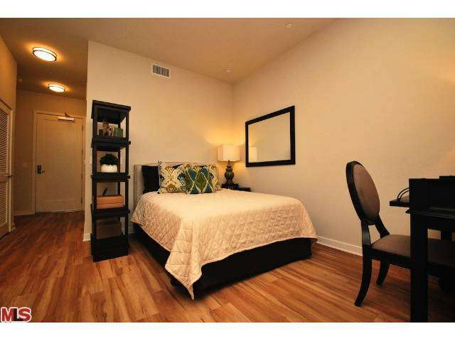 Rental Homes for Rent, ListingId:26767408, location: 546 COLORADO Glendale 91204