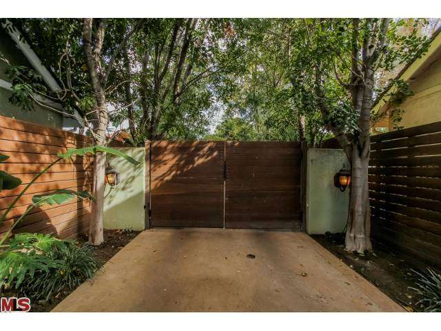Rental Homes for Rent, ListingId:26812825, location: 4476 STERN Avenue Sherman Oaks 91423