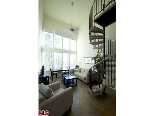 Rental Homes for Rent, ListingId:26874233, location: 6138 FRANKLIN Avenue Los Angeles 90028