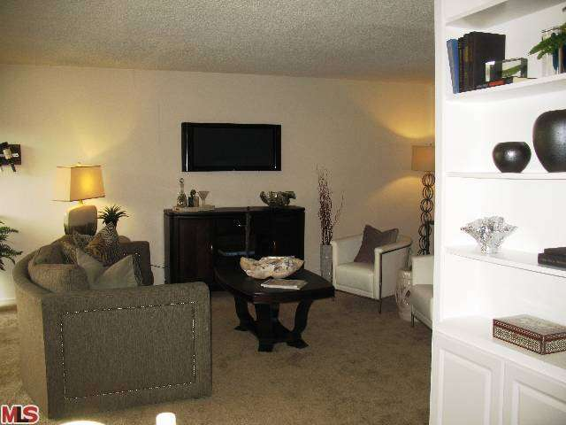 Rental Homes for Rent, ListingId:26921279, location: 555 LAURIE Lane Thousand Oaks 91360
