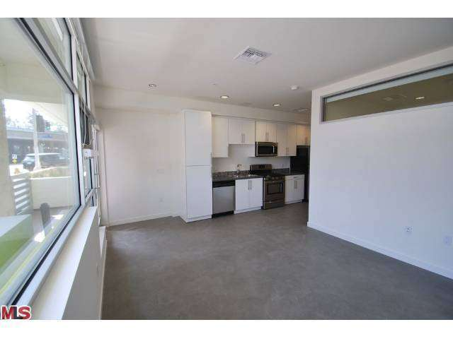 Rental Homes for Rent, ListingId:27053736, location: 12301 West PICO Boulevard West Los Angeles 90025