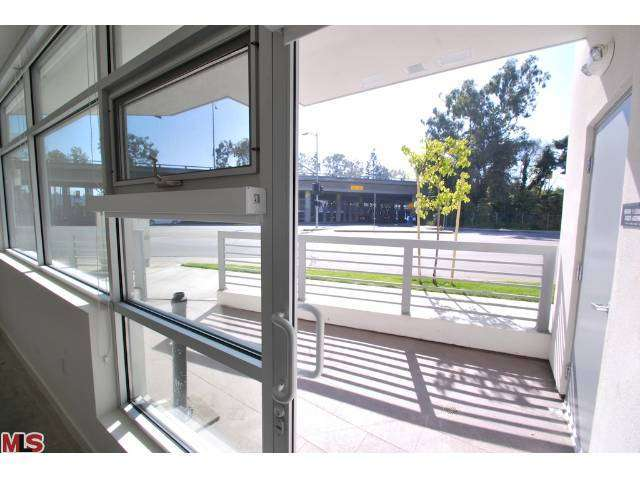 Rental Homes for Rent, ListingId:27070320, location: 12301 PICO Boulevard West Los Angeles 90025