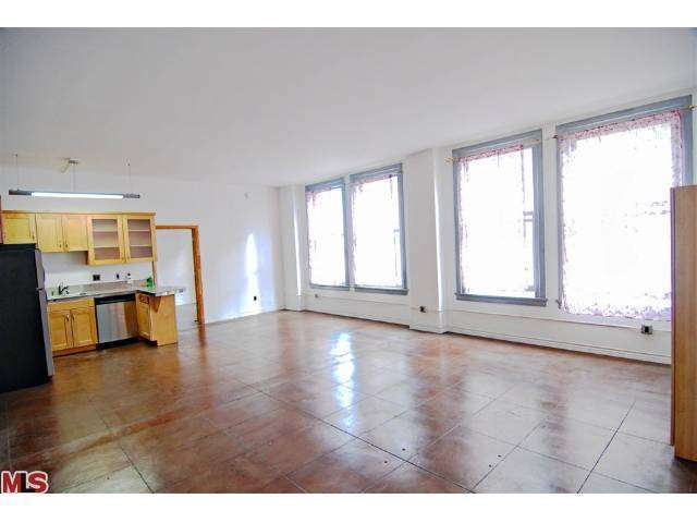 Rental Homes for Rent, ListingId:27120597, location: 215 7TH Street Los Angeles 90014