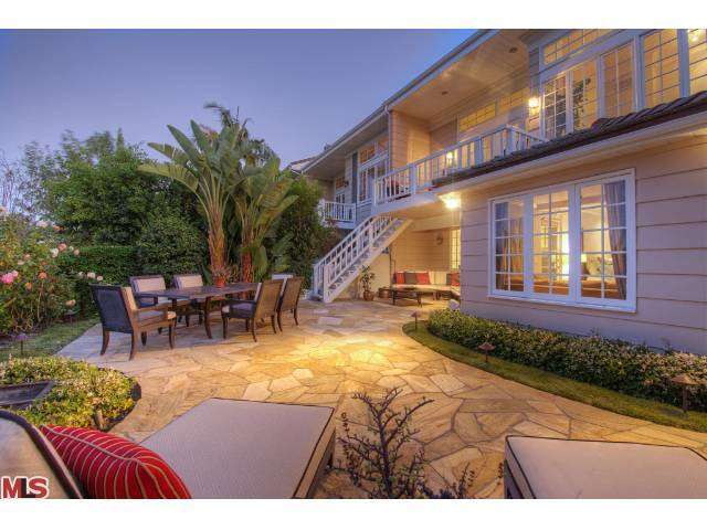 Rental Homes for Rent, ListingId:27124881, location: 2226 THE Terrace Los Angeles 90049