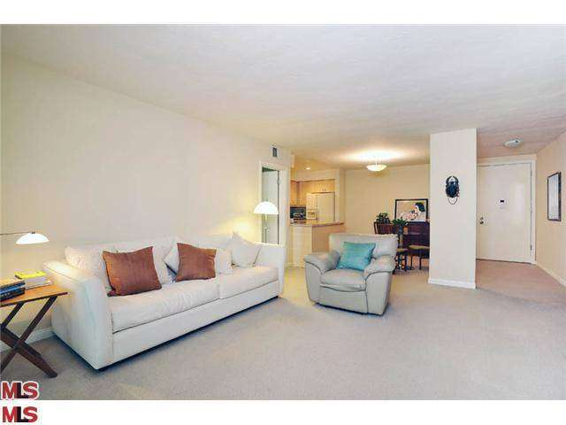 Rental Homes for Rent, ListingId:27419765, location: 809 BUNDY Drive Los Angeles 90049