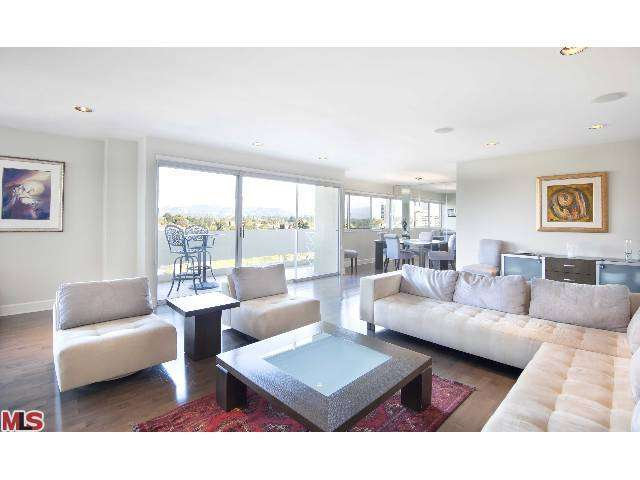 Rental Homes for Rent, ListingId:27158384, location: 10701 WILSHIRE Los Angeles 90024