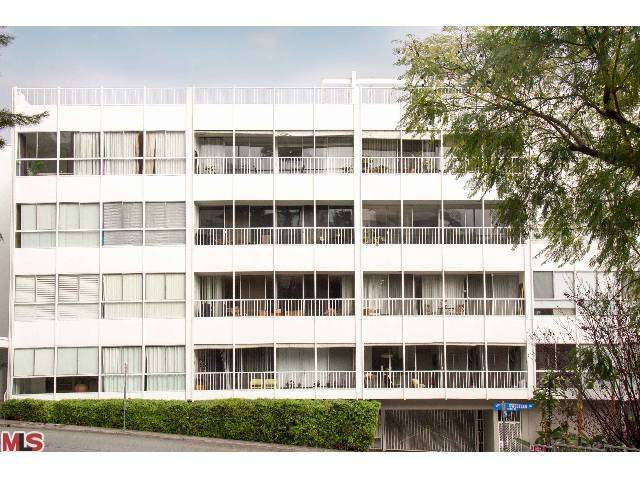 Rental Homes for Rent, ListingId:27158380, location: 1400 SWEETZER Avenue West Hollywood 90069