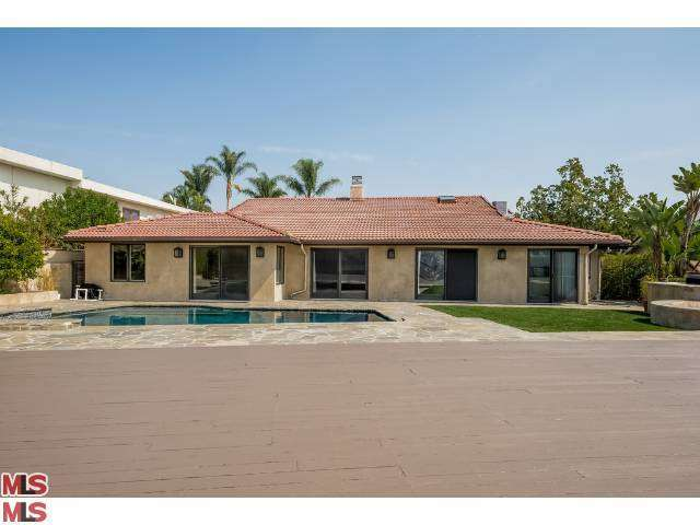 Rental Homes for Rent, ListingId:27533901, location: 2169 HERCULES Drive Los Angeles 90046