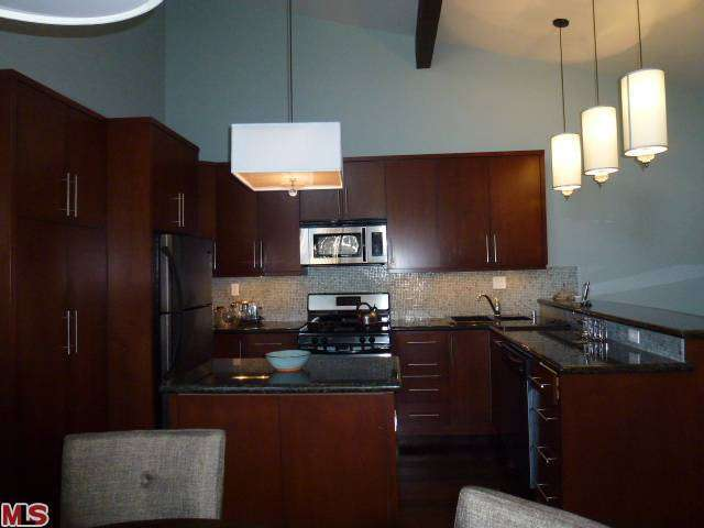 Rental Homes for Rent, ListingId:27251915, location: 5901 CANTERBURY Drive Culver City 90230
