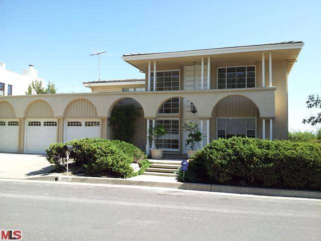 Rental Homes for Rent, ListingId:27251957, location: 2695 CORDELIA Road Los Angeles 90049