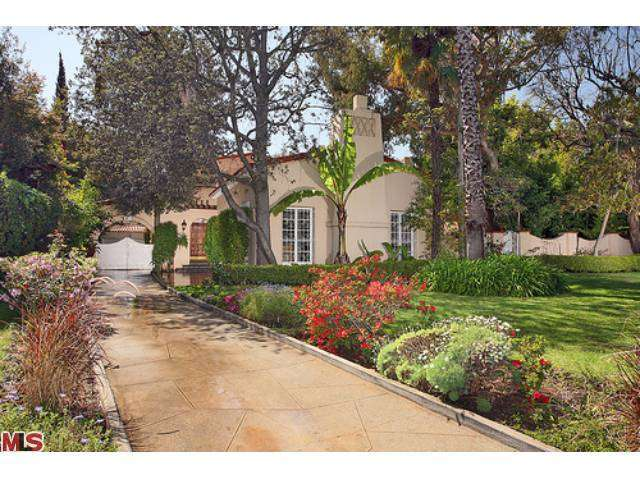 Rental Homes for Rent, ListingId:27292109, location: 803 North BEDFORD Drive Beverly Hills 90210
